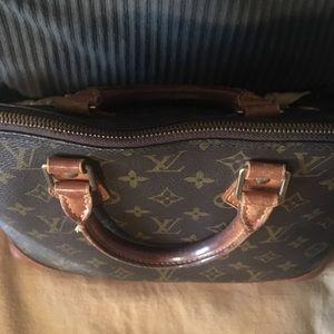 Louis Vuitton Bags - Louis Vuitton Alma MM